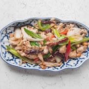 Toasted Cashew Chicken with Rice