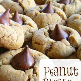 Peanut Butter Kiss Cookies Recipe - Peanut Blossom Cookies