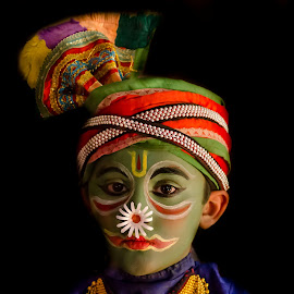 The Face Of The Chronicler-15 by Vijayanand Kandasamy - People Musicians & Entertainers ( face, dance form, kathakali dancer, traditional dance, kerala, painted faces, colours, face colours, colour, kerala traditional dance, tradition, kathakali dance, dance, dancer, kathakali,  )