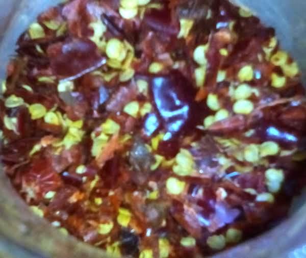 Homemade Dried Crushed Chili