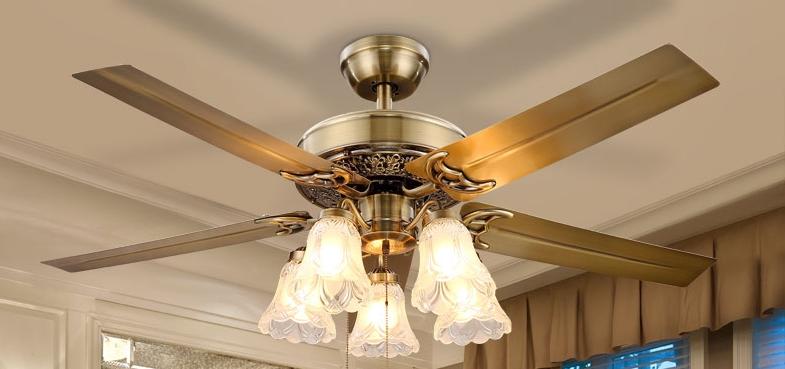 Cách chọn quạt trần có đèn chùm phù hợp với mọi căn phòng