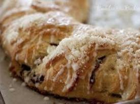 Cranberry Crescent Coffee Cake Recipe