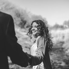 Wedding photographer Tatyana Bezobrazova (titana). Photo of 16.04.2014