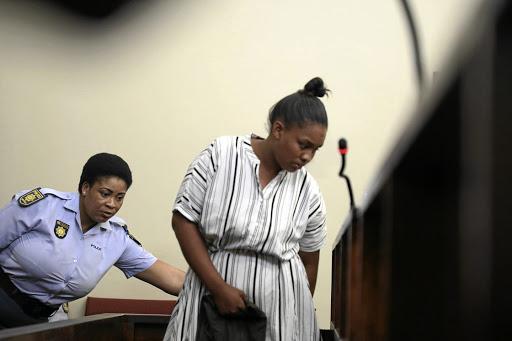 Kindermoordenaar Zinhle Maditla huil as vier lewenslange tronkstraf begin - SowetanLIVE