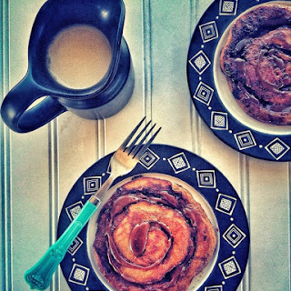Pumpkin & Salted Caramel Cinnamon Roll Pancakes