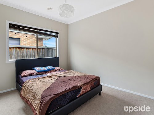 Photo of property at 32 John Russell Road, Cranbourne West 3977