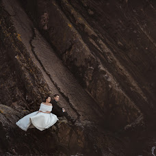 Wedding photographer Marcin Szwarc (szwarcfotografia). Photo of 11.12.2018