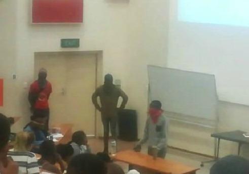 Masked protesters frighten NMU students - TimesLIVE