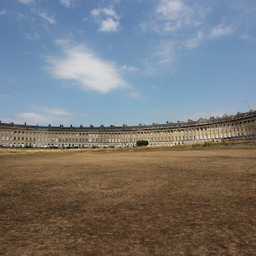 Royal Crescent in Bath by Michelle Ng - Buildings & Architecture Homes ( awesome, crescent, beautiful bath, buildings, old building, building,  )