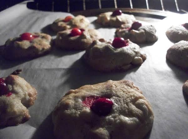 Cran White Chocolate Cheesecake Macadamia Cookies Recipe