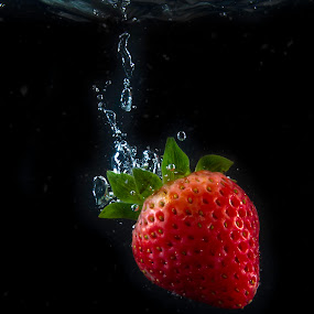Strawberry by Rajesh Loganathan - Food & Drink Fruits & Vegetables ( water, fruit, strawberry splash, red, splash, drop, bubbles, pink, strawberry )