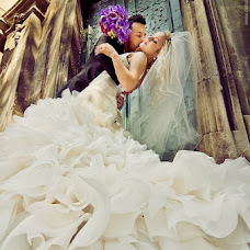 Wedding photographer Vadim Loza (dimalozz). Photo of 05.12.2012