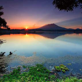 Morning Has Broken by Hiram Abanil - Landscapes Sunsets & Sunrises ( sampaloc, lake, sunrise )