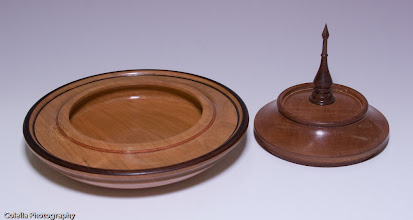 Photo: Jerry Mauch - Lidded Box open