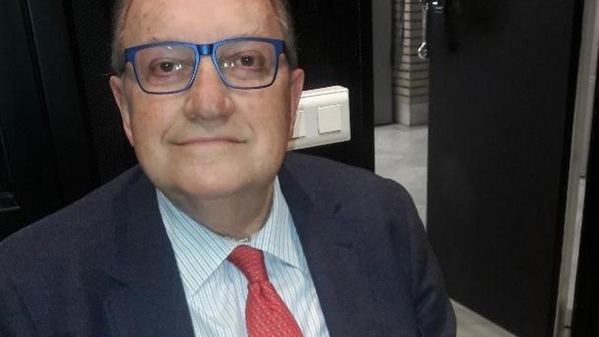 Francisco Villar, exembajador en Francia y Portugal.