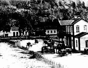 Photo: Estação Leopoldina, na Rua Dr. Porciúncula. Foto do final do século XIX