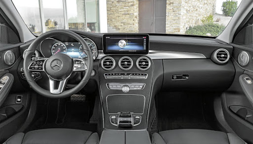 The interior gets a revised infotainment screen. Picture: DAIMLER