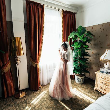Wedding photographer Mikhail Sotnikov (Sotnikov). Photo of 05.02.2018