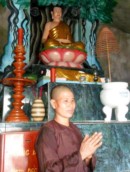Ni cô Liên Thơm khẳng định Phật Bà đã hiển linh 3 lần