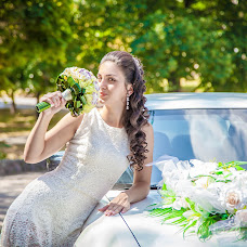 Wedding photographer Alena Suslova (AlSuslova). Photo of 02.09.2014
