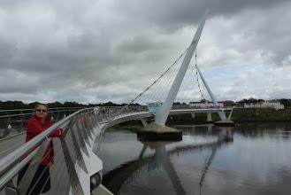 Photo: Anna sul ponte di Derry/Londonderry (foto Andrea)