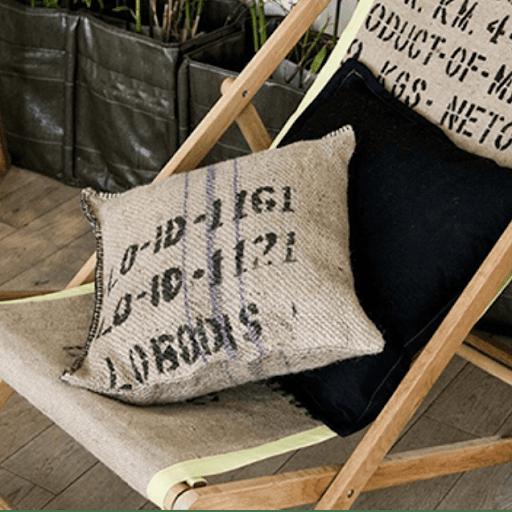 Ateliers de transformation des sacs en toile de jute à Paris - Rituel café