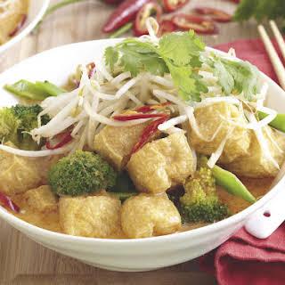 Tofu Laksa (Spicy Noodle Soup).
