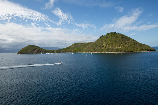 les-des-saintes-guadeloupe-6.jpg - Water sports on a spring morning in Îles des Saintes (Isle of Saints), Guadeloupe.