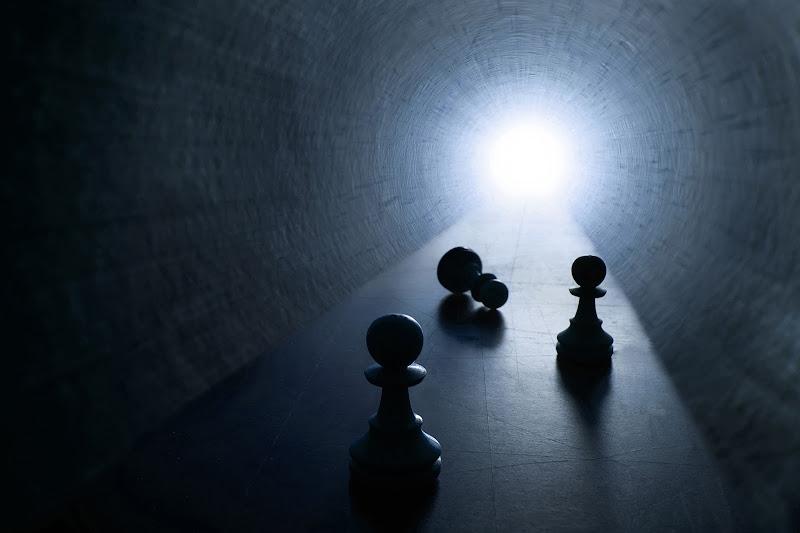 La luce in fondo al tunnel di soldato