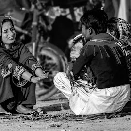 by Mohsin Raza - Black & White Street & Candid (  )