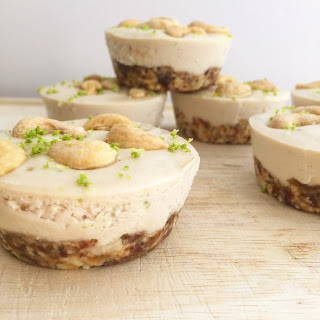 "Easy Cashew ""Cheesecake"""