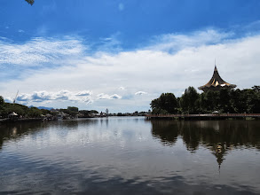 Photo: Nice waterfront promenade in Kuching
