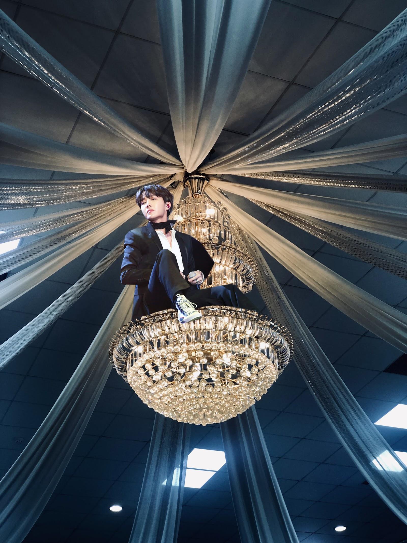chandelierjhope