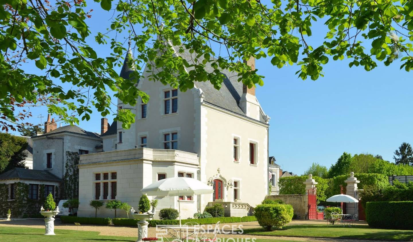House with pool Amboise