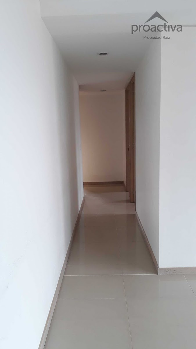 apartamento en arriendo poblado 497-476