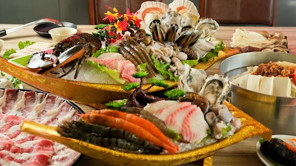 汕頭泉成沙茶火鍋- 飄香陪伴高雄70餘年 外國人都指定必吃的汕頭火鍋