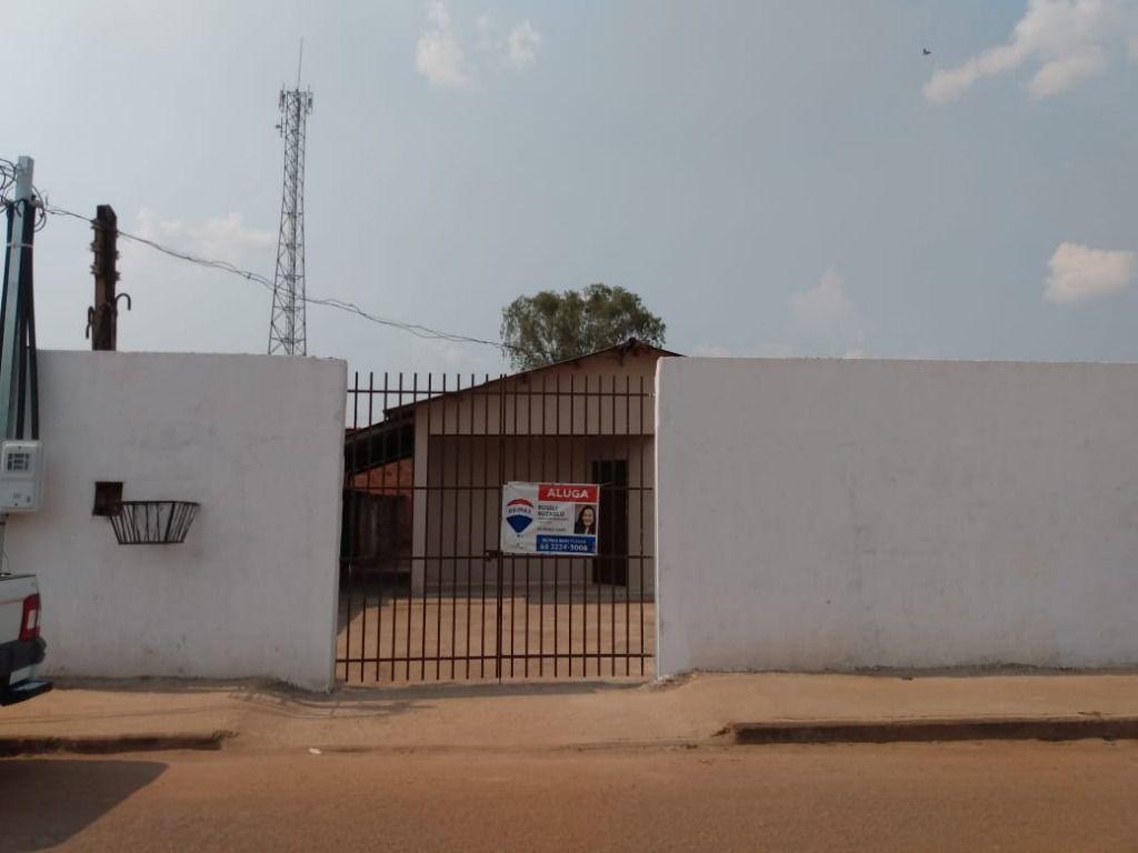 Casa com 3 dormitórios para alugar, 150 m² por R$ 700,00/mês - Castanheira - Porto Velho/RO