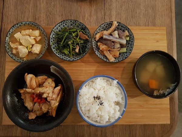 好好good days。好好拍照的餐廳,秋冬溫補大推暖胃茶油薑味雞