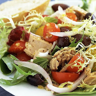 Spanish Mixed Green Salad (Ensalada Mixta).