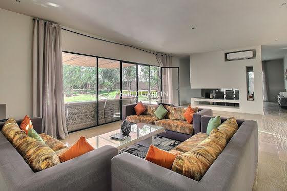 Vente maison 10 pièces 650 m2