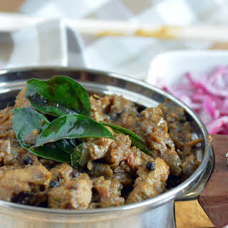 Madurai Chicken Curry Recipe-Chicken Curry with warm Indian Spices.
