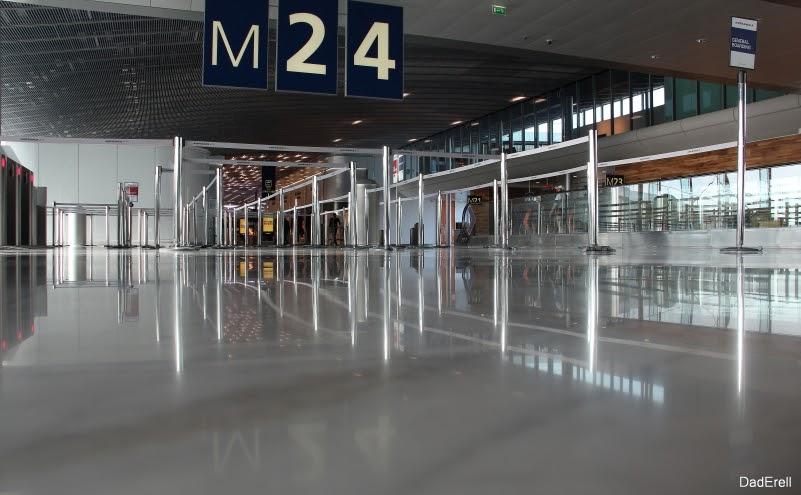 Porte M24, aéroport Roissy Charles de Gaulle