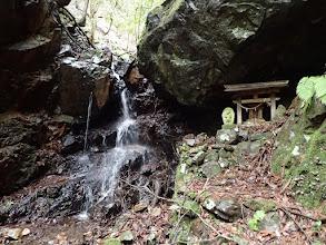 大本開祖修行の滝