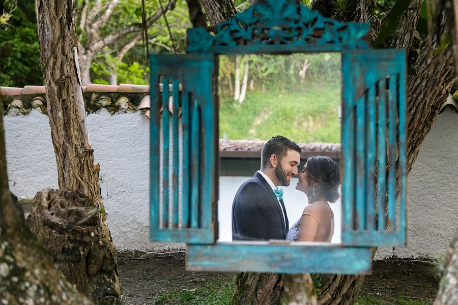 Wedding photographer Victor Rodriguez urosa (victormanuel22). Photo of 28.04.2017