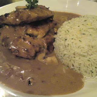 Grilled Chicken with Mushroom Sauce