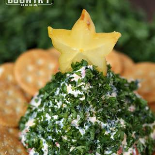 Christmas Tree-Shaped Cheese Ball