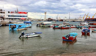 Photo: Aqaban hiukan aneeminen pienvenesatama
