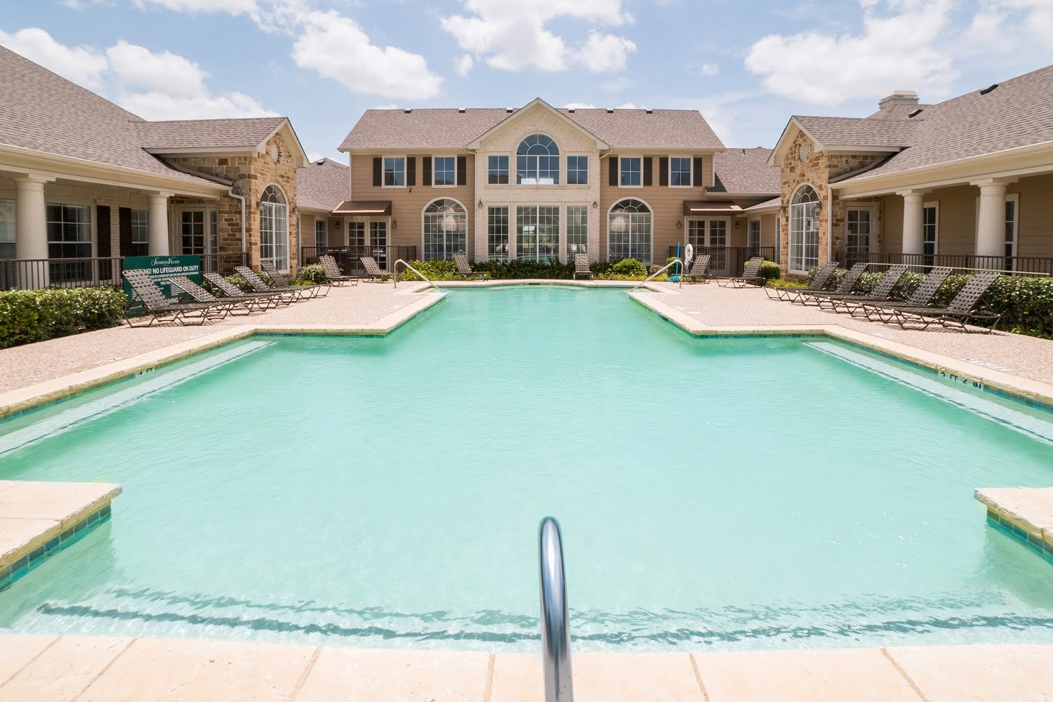 Silverton Village Apartments For Rent In Ennis Texas
