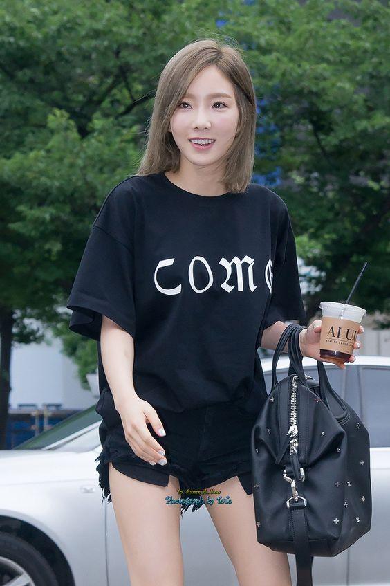 taeyeon casual 30