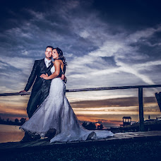 Wedding photographer Gergely Csigo (csiger). Photo of 17.10.2016